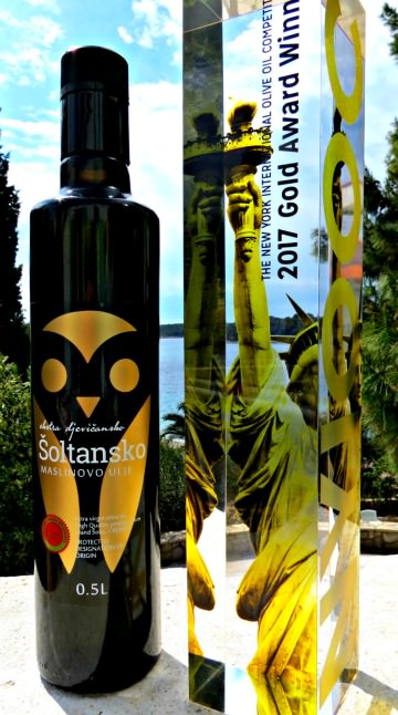 olive-oil-producers-from-small-croatian-island-strike-gold-together